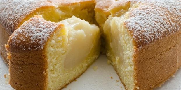 Torta morbida con crema al latte di riso